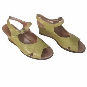 Arche women's green wedge sandals with ankle strap